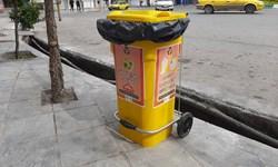 تعبیه سطل زباله برای دستکش و ماسکهای استفاده شده+ تصاویر