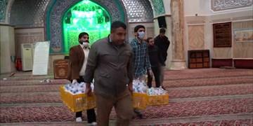 توزیع ۱۲۰۰ بسته بهداشتی در محله امامزاده یحیی توسط هیات مکتب الصادق(ع)