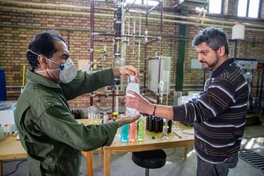 الکل 86 درصد تولید شده بصورت ترکیبی با آب مخلوط می شود.