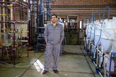 مهندس علی اکبر ساربانها فارق التحصیل مهندسی شیمی از دانشگاه علم و صنعت