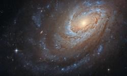 تصویر زیبای هابل از یک کهکشان کرکی