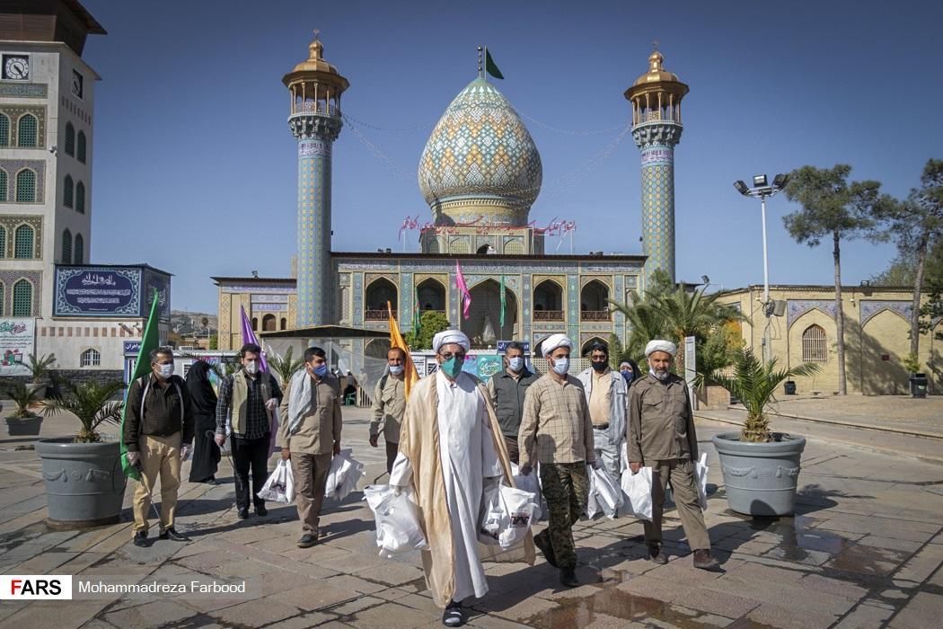 توزیع بسته  معیشتی و بهداشتی در شیراز