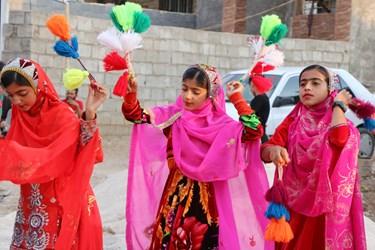 نقش رنگ درزندگی کودکان بختیاری