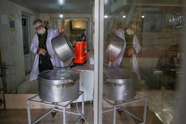 ضدعفونی ظروف بیمارستانی برای تحویل سوپ بیماران و پرسنل درمان بیمارستان ها