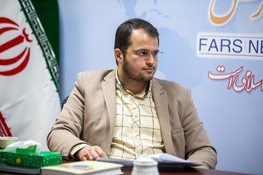 دکتر محمدرضا آبدار مسئول دبیرخانه چالش کرونا