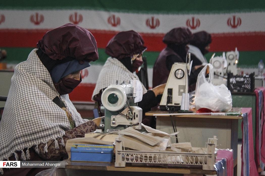 کارگاه تولید لوازم بهداشتی توسط بسیجیان در کارون