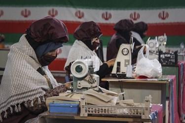 کارگاه تولید لوازم بهداشتی توسط بسیجیان در کارون/اهواز