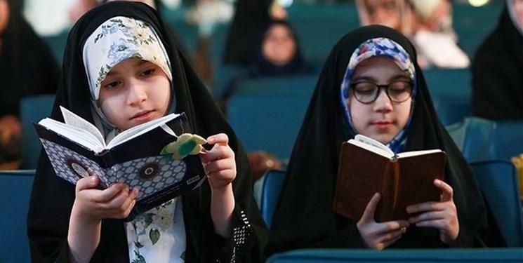 برای اینکه فرزندم حافظ قرآن شود چه کنم؟/ کارشناس حفظ قرآن: دوران بالشتکهای قرآنی سرآمده است