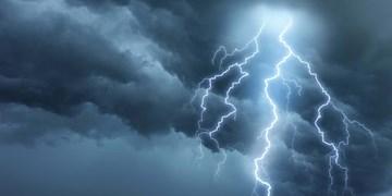 رگبار باران و وزش باد در راه آذربایجانغربی