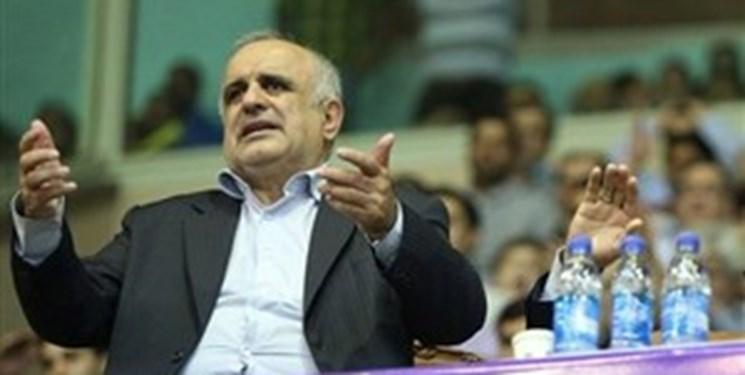 آشتی کنان دادرس و صالحی در فدراسیون فوتبال/ برخی منافقانه رفتار کردند