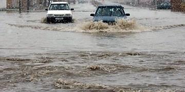 امدادرسانی سپاه به ۲۵ خودرو گرفتار در سیل پرند