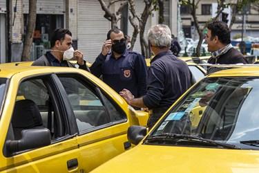 ایستگاه تاکسی در میدان فردوسی
