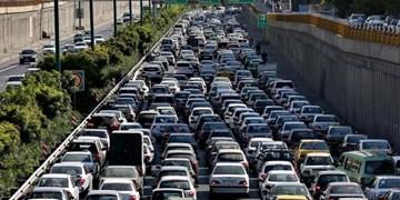 ترافیک در آزادراههای منتهی به تهران/تردد روان در جادههای شمال