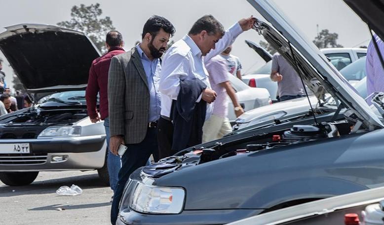 قیمت خودرو در بازار کاهش یافت/ جدول قیمتها