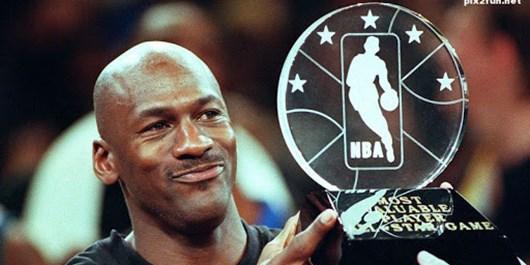 بزرگترین بازیکنان NBA از نگاه بارکلی: مایکل جردن اول، برایانت در رده ششم