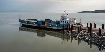دریاچه ارومیه در مسیر احیا/کشتی آرتمیا پس از سالها آماده دریانوردی شد