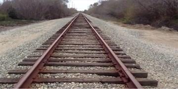 فارس من| ظرف یک هفته آینده اطراف ریل راه آهن اراک از پسماند پاکسازی میشود