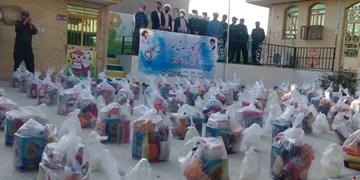 اهدا ۳۰۰ سبد غذایی به «ایتام» پارسیانی