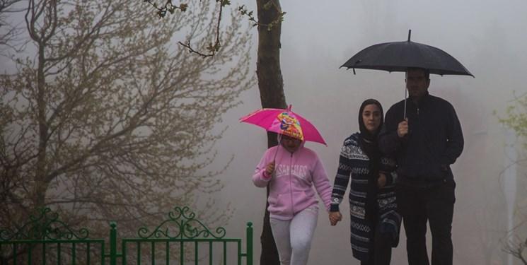 باد، باران و کاهش دما در راه تهران/ اهالی فیروزکوه منتظر برف و باران باشند
