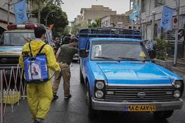 ضدعفونی معابر، تولید ماسک و دستکش از فعالیت های جهادگران محله هرندی است.