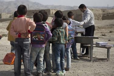 آغاز سال تحصیلی دبستان روستای گل گاه  مناطق از محروم منطقه مانه و سملقان در خراسان شمالی
