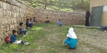 زنگ عاشقی در محرومترین روستاهای چهارمحال و بختیاری/ روایت معلمانی در محرومترین مناطق