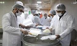توزیع غذا بین نیازمندان نهاوند/  عرضه نان مهربانی