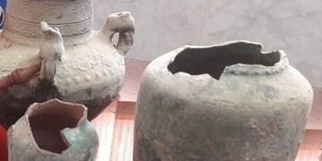 انتقال ظروف سفالی دوره عصر آهن به موزه مردم شناسی مهاباد