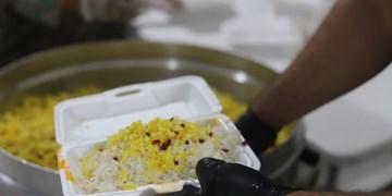 توزیع روزانه یکهزار پرس غذای گرم در بین نیازمندان اسلامشهری