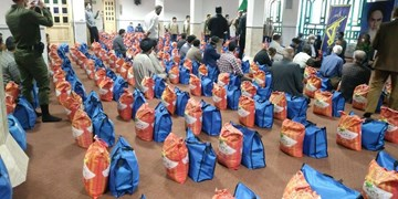 ۷۰۰ بسته اقلام معیشتی در اسفراین توزیع شد