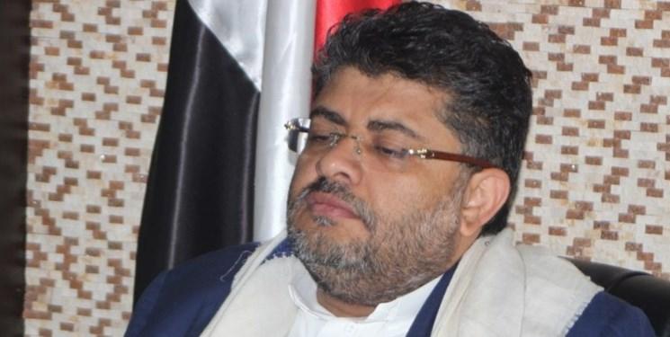 الحوثی: آمریکا از برچسپ تروریسم برای همه مخالفان از جمله شهروندان خود استفاده میکند