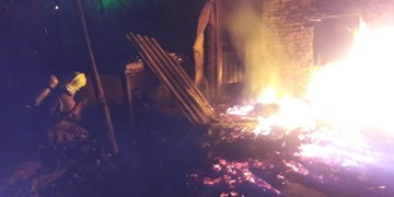 آتش سوزی مجتمع ۲۰۰ واحدی بیش از ۴۰ مصدوم برجای گذاشت