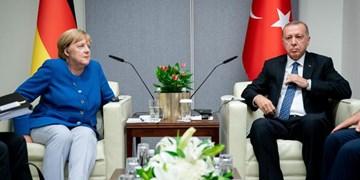 رایزنی اردوغان و مرکل در زمینه آخرین تحولات منطقه  و بحران پناهجویان
