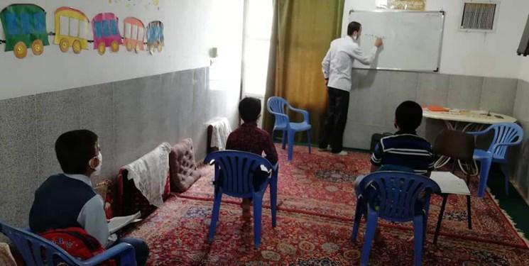 جهاد معلمان یزدی برای تدریس به دانشآموزان کمتر برخوردار