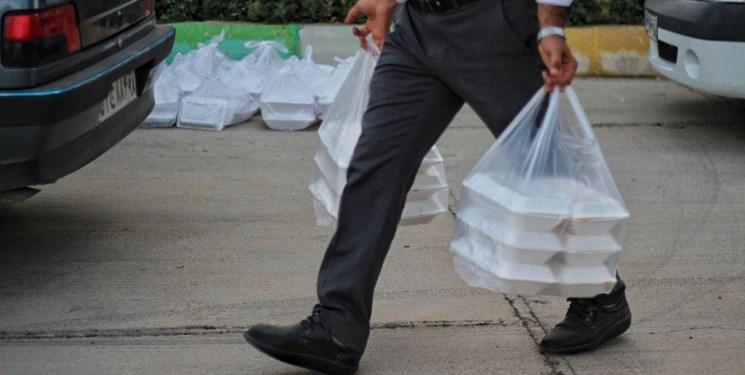 کمک مومنانه| توزیع غذای گرم در بین نیازمندان در خلخال