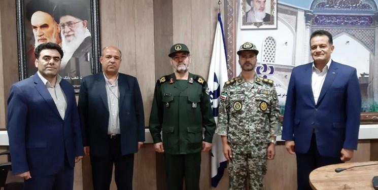 تقدیر سردار ایزدی از ارشد نظامی ارتش در استان مرکزی