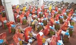 کمک مؤمنانه| توزیع ۲۰۰ بسته غذایی و بهداشتی در شبهای قدر میان نیازمندان پارسآبادی