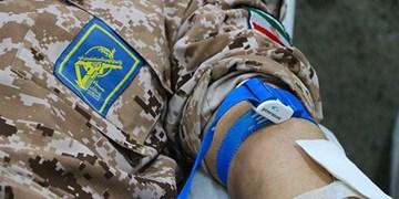 اهدای خون توسط پیشکسوتان نیروهای مسلح در رزمایش کمک مومنانه