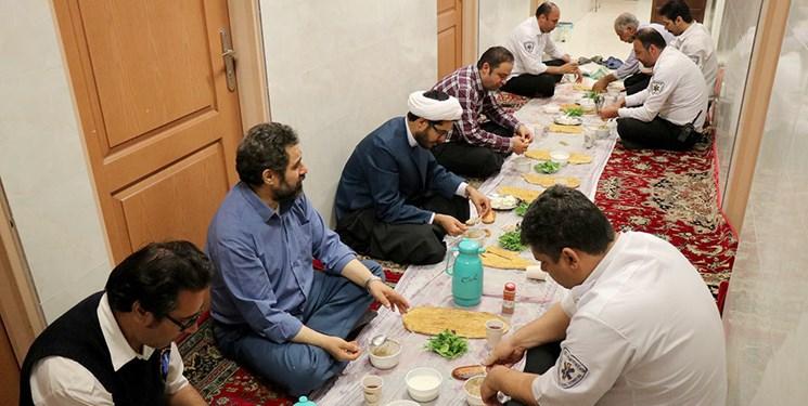 افطار به وقت نجات