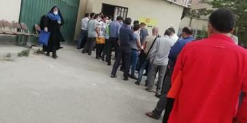 صدور اخطار پلمب برای فروشگاه اتکا ساوه/دستگاههای نظارتی مانع ازدحام مردم در فروشگاهها شوند