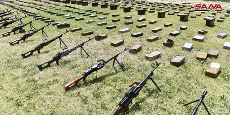کشف مقدار زیادی تسلیحات ساخت رژیم صهیونیستی و آمریکا از تروریستهای سوریه+فیلم