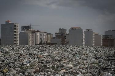 زباله در پهنایی به وسعت دریا