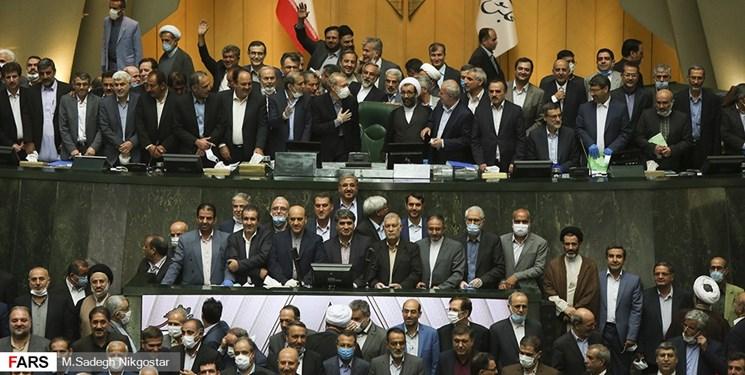 کارنامه «تقریبا هیچ» مجلس دهم در حوزه اقتصادی/ ثبت ضعیفترین عملکرد در میان مجالس پس از انقلاب