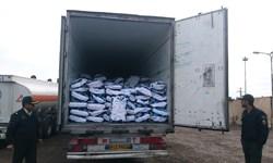 3 کامیون حامل 75 تن شیر خشک قاچاق در محور بزمان- ایرانشهر توقیف شد