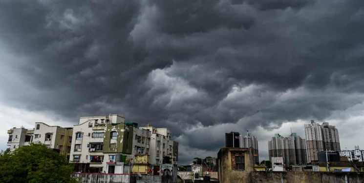 تخلیه هزاران نفر در هند و بنگلادش در پی نزدیک شدن ابرتوفان «آمفان»