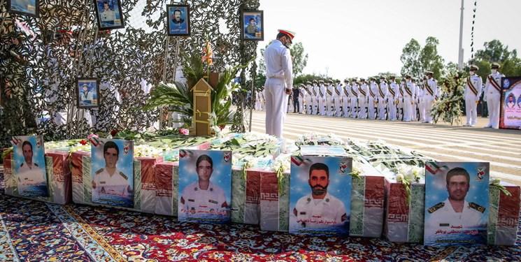 عکس/ تشییع شهدای بوشهری حادثه کُنارک