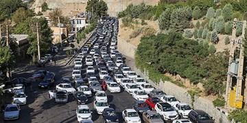 ثبت کمترین تردد جاده ها بین ساعات 4 تا 5/کندوان و هراز ساعت 15 امروز  یک طرفه می شود