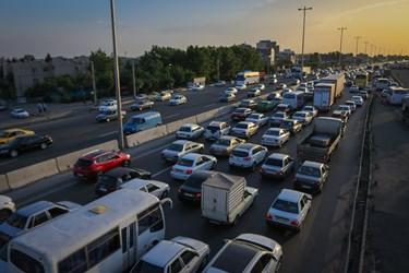 عکس | ترافیک سنگین اتوبان تهران - کرج