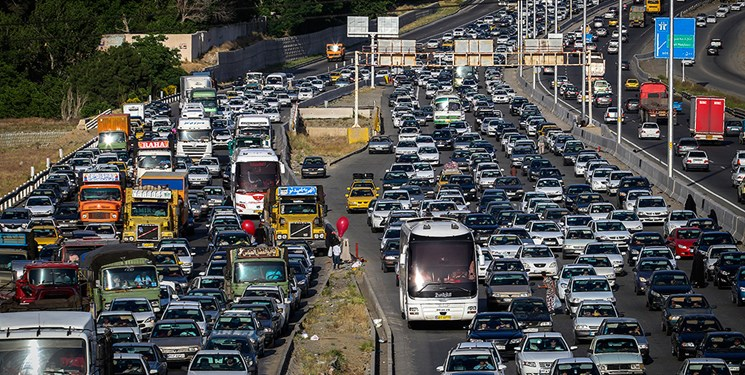 آزادراه تهران ـ شمال و کندوان یک طرفه شد/ترافیک سنگین در هراز و آزادراه رشت ـ قزوین