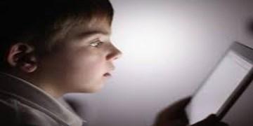 خانه نشینی کودکان؛ افزایش استفاده از نمایشگرها و کاهش قدرت بینایی